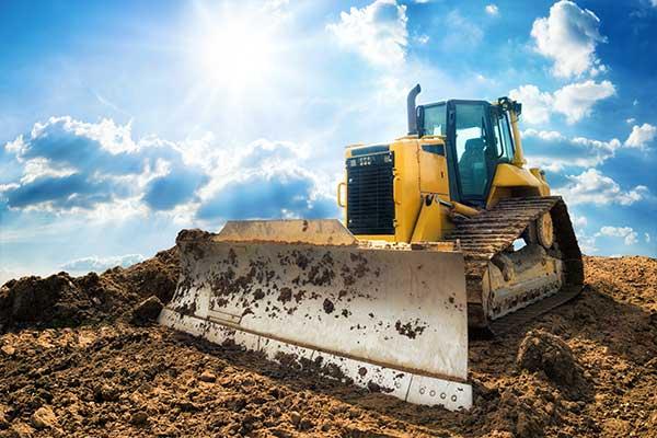 location bulldozer avec chauffeur TP Plus à Lille, Lens, Douai, Amiens, Valenciennes